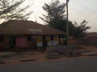 Vende se dois (2) Casas com terreno de 3.744m2