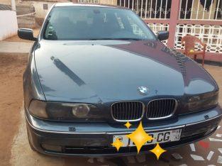 Vende-se BMW 523i